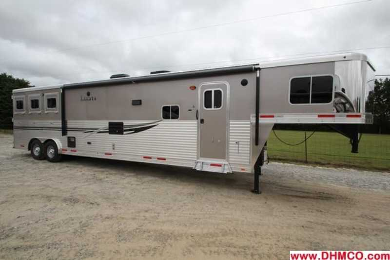 #87140 - New 2014 Lakota Charger 8317GLQ 3 Horse Trailer with 17' Short Wall