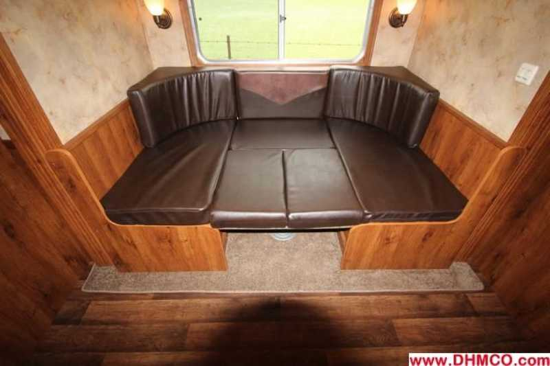 New 2014 Lakota 4 Horse Slant Trailer