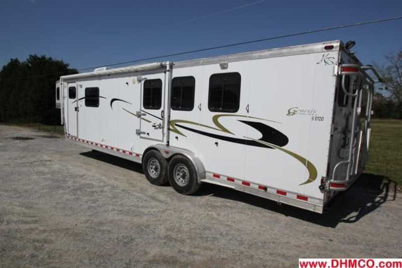 Used 2002 Kiefer Built 3 Horse Slant Trailer
