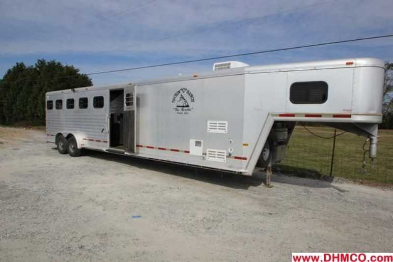 #51284 - Used 2000 Hart 7680LQ 6 Horse Trailer  with 8' Short Wall