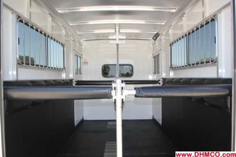 New 2014 Sundowner 2 Horse Straight Trailer