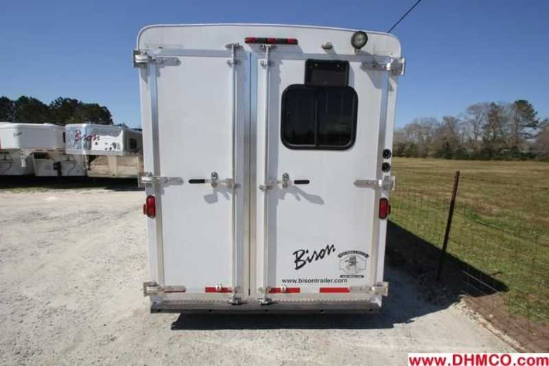 Used 2012 Bison 4 Horse Slant Trailer