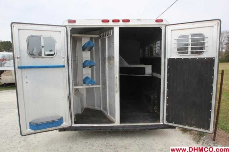 Used 1991 4 Star 3 Horse Slant Trailer