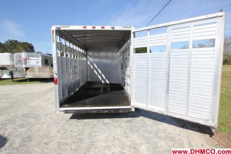 #04831 - Used 2000 Exiss STC20 Stock Trailer  with 2' Short Wall