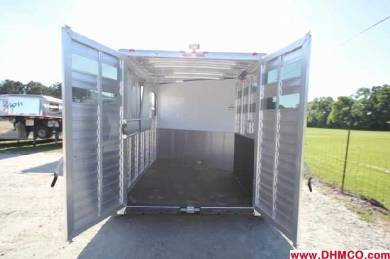 New 2014 Sundowner 2 Horse Slant Trailer