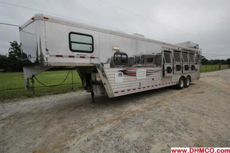 #97202 - Used 2005 Dreamcoach 8412LQ 4 Horse Trailer  with 12' Short Wall