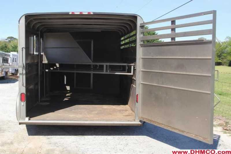 Used 2011 Calico 4 Horse Slant Trailer
