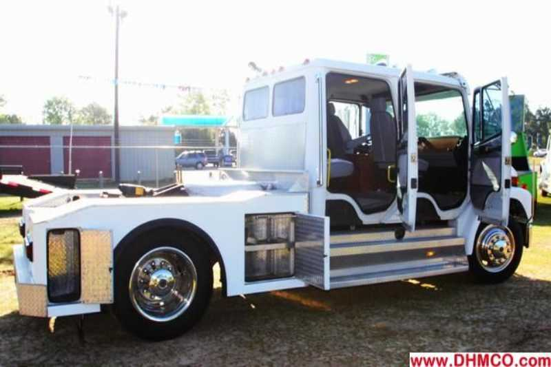 Used 1998 Freightliner Medium Duty Truck Trailer