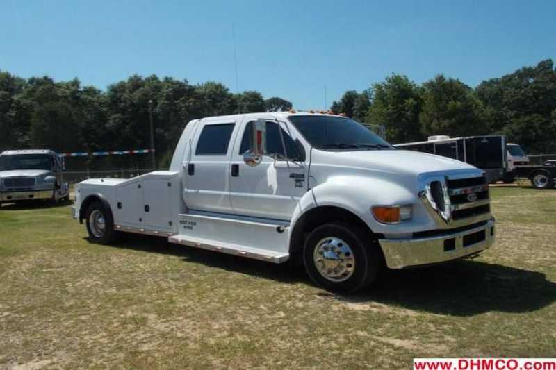 Used 2006 Ford Midsize Truck Trailer
