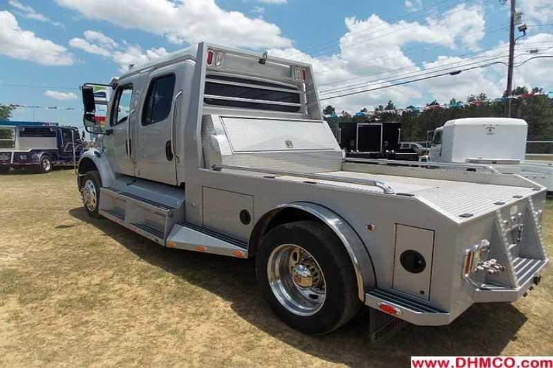 freightliner midsize truck for sale used 2005 for sale dixie horse mule co. Black Bedroom Furniture Sets. Home Design Ideas