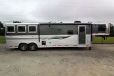 #87682 - New 2014 Lakota Charger 8313GLQ 3 Horse Trailer  with 13' Short Wall