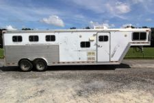 #14014 - Used 1999 Barrett  3 Horse Trailer  with 8' Short Wall