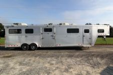 #04794 - Used 2007 Cimmaron Head to Head 4 Horse Trailer  with 4' Short Wall