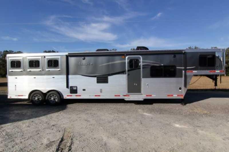 3 Horse Lakota Horse Trailer with Living Quarters :: Dixie Horse & Mule Co
