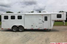 #03794 - New 2014 Bison Trail Hand 7380LQ 3 Horse Trailer  with 8' Short Wall