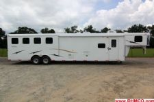 #04002 - New 2014 Bison 8414LQBK Dixie Ranch House 4 Horse Trailer  with 14' Short Wall