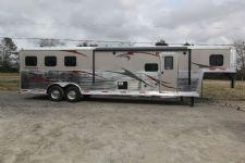 #04011 - New 2014 Bison Silverado 8311GLQ 3 Horse Trailer  with 11' Short Wall