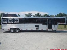 #04017 - New 2014 Bison Silverado 8316GLQUG 3 Horse Trailer  with 16' Short Wall