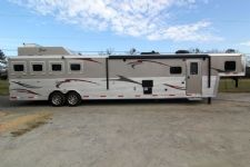 #04024 - New 2014 Bison Premier 8417GLQUG 4 Horse Trailer  with 17' Short Wall