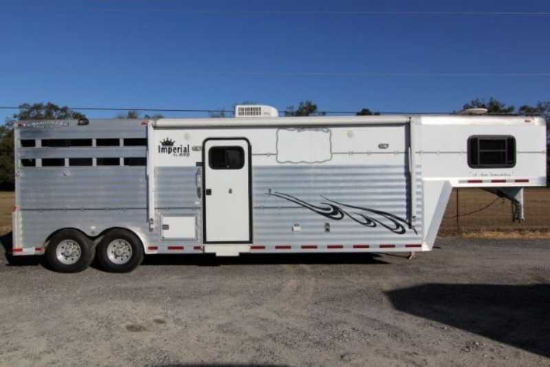 Used 3 Horse Bloomer Horse Trailer With Living Quarters