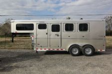 #A9014 - New 2014 Sundowner SPORTMAN3HGN 3 Horse Trailer  with 4' Short Wall