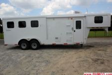 #04252 - New 2014 Bison Trail Hand 7360LQ S 3 Horse Trailer  with 6' Short Wall