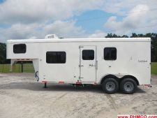 #04355 - New 2014 Bison Trail Hand 7260LQ S 2 Horse Trailer  with 6' Short Wall