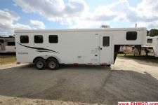 #04356 - New 2015 Bison Trail Hand 7360LQ S 3 Horse Trailer  with 6' Short Wall
