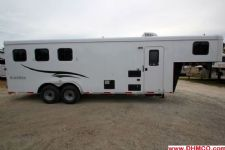 #04359 - New 2015 Bison 7380LQ Dixie Renegade 3 Horse Trailer  with 8' Short Wall