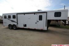 #04384 - New 2015 Bison Trail Hand 7310LQ 3 Horse Trailer  with 10' Short Wall