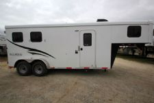 #04386 - New 2015 Bison 7260LQ Dixie Renegade 2 Horse Trailer  with 6' Short Wall