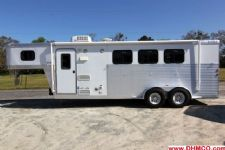 #27134 - Used 2004 Exiss ES307ELQ 3 Horse Trailer  with 7' Short Wall
