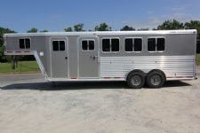 #74075 - Used 2004 Featherlite 4HSL 4 Horse Trailer  with 5' Short Wall