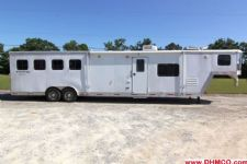 #09114 - Used 2007 Bison SE8414LQSD 4 Horse Trailer  with 14' Short Wall
