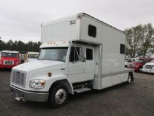 #23030 - Used 2001 Freightliner FL60 Truck