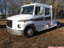 #22246 - Used 1999 Freightliner FL60 Truck
