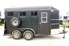 #00693 - Used 2005 Chaparral 3HSL 3 Horse Trailer  with 2' Short Wall