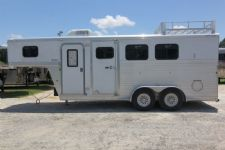 #34564 - Used 2005 Exiss ES304ELQ 3 Horse Trailer  with 4' Short Wall