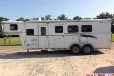 #03832 - Used 2001 Bison Alumasport 7360LQ 3 Horse Trailer  with 6' Short Wall