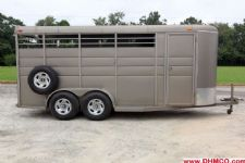 #80004 - Used 2009 Longhorn 4HSL 4 Horse Trailer  with 2' Short Wall