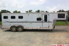 #A0876 - Used 2002 Sundowner Trailblazer III LQ 3 Horse Trailer  with 8' Short Wall