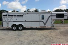 #16969 - Used 1998 Travalong 2HSSLQ 2 Horse Trailer  with 12' Short Wall