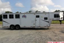 #87125 - Used 2010 Lakota Charger 8311LQ 3 Horse Trailer  with 11' Short Wall