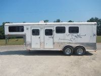 #03703 - Used 2010 Homesteader 3HGN 3 Horse Trailer  with 5' Short Wall
