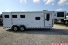 #A1314 - Used 2004 Sundowner Trail Blazer V 3 Horse Trailer  with 7' Short Wall