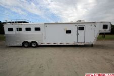 #37026 - Used 2006 Exiss XT414GLQ 4 Horse Trailer  with 14' Short Wall