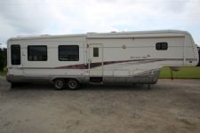 #22828 - Used 1999 Newmar Kountry Aire 38KSWB Travel Trailer
