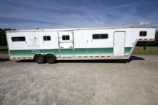 #18729 - Used 1999 Featherlite 6HSS 6 Horse Trailer  with 4' Short Wall