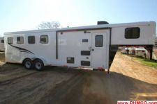 #04820 - New 2015 Bison Trail Hand 7460LQ S 4 Horse Trailer  with 6' Short Wall