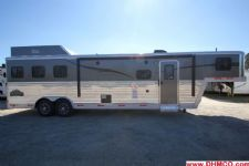 #04838 - New 2015 Bison Laredo 8312GLQ Bar 3 Horse Trailer  with 12' Short Wall
